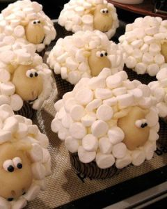 A cupcake idea from Martha Stewart posted to Pinterest.