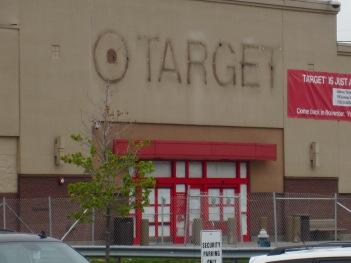 Target-Closing-075